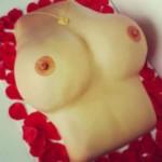 Las-Vegas-Rose-Petals-Sexy-Tits
